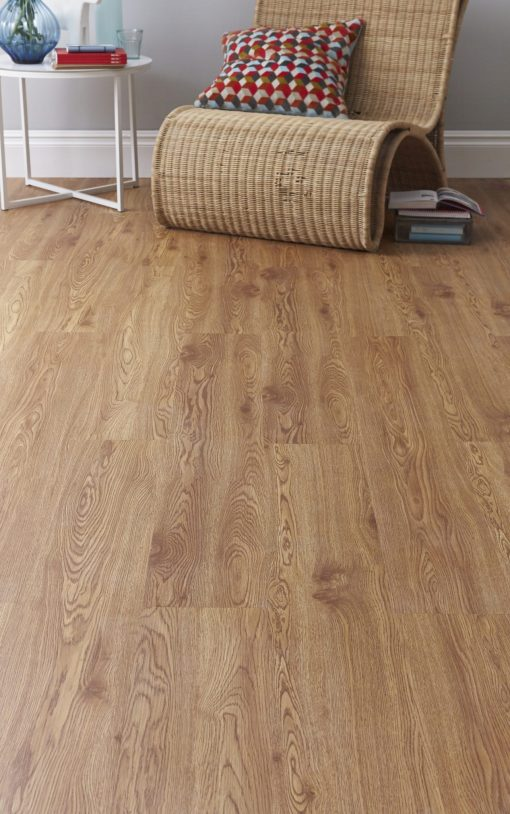 galleria barn oak laminate floor